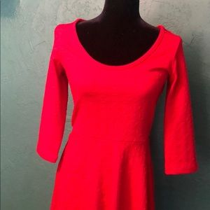 Red 3 Quarter sleeve mini